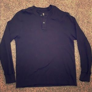 Long sleeve, black thermal.